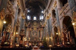 У Львові запрошують на екскурсії хорами Гарнізонного храму