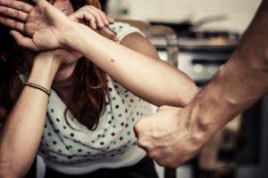 На Львівщині вперше в Україні судитимуть чоловіка, який знущався над дружиною