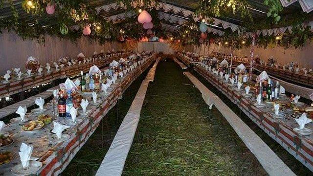 А пам'ятаєте старі сільські весілля? Такі справжні, без лімузинів ...