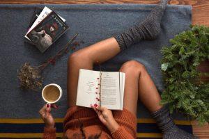 Затишні книги: 5 найкращих романів для зимових вечорів