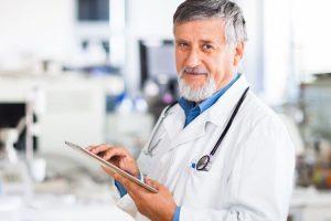 """Я – онколог, і я знаю, що продовжити життя можна, навчившись говорити """"Так"""" і """"Ні"""""""