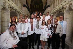 Парламентарії Канади у вишиванках приймають санкції проти Кремля (відео)