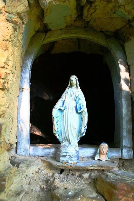 100 фото покинутих українських храмів Польщі