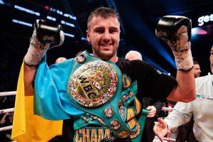 Гвоздик технічним нокаутом впевнено захистив титул WBC