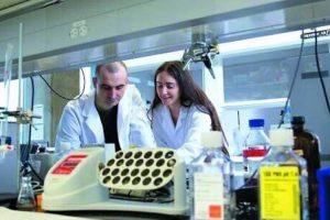 У США колишні випускники ЛНУ ім. І. Франка випробовують революційні ліки від раку