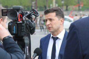 Сьогодні суд розгляне питання про зняття Зеленського з виборів
