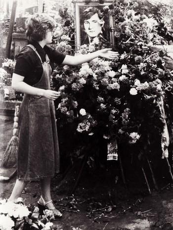 Похорон Володимира Івасюка на Личаківському цвинтарі 22 травня 1979 року