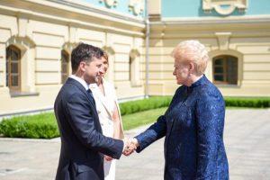 Грібаускайте порекомендувала Зеленському «розчавити олігархічну систему» в Україні