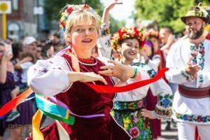 Українські костюми стали найкращими на карнавалі культур у Берліні