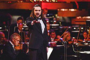 Українець став найкращим співаком у світі : відео виступів