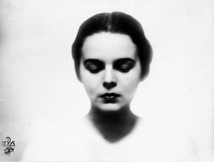 Софія Батицька – донька відомого львівського адвоката Еугеніуша Батицького, який володів будинком у 1920-30-х роках. . В 1930 році на конкурсі «Miss Polonia» серед 500 претенденток вона виборола перше місце
