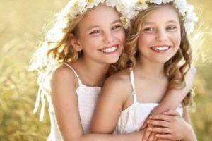Сестра – це більше, ніж просто подруга, вона – частинка нашого серця