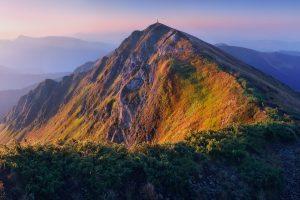 10 найвищих вершин Українських Карпат, які варто підкорити