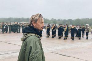 """""""Вдумайтеся… Вчитайтеся! Шоумен Бадоєв каже воякам, як вони мають ходити… Це знецінення!"""" – письменниця"""