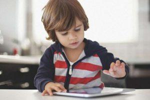 Мозок дітей, що сидять по 7 годин за планшетами, зіпсований назавжди!