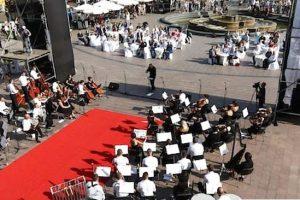У Львові перед Оперним театром вимостять червону доріжку та влаштують концерт