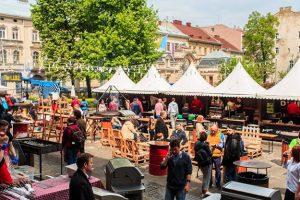 Львів'ян кличуть на гастрономічний фестиваль зі спільним 40-метровим столом