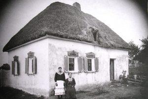 Як виглядали українці та їх оселі майже 100 років тому. Унікальні світлини із Слобожанщини