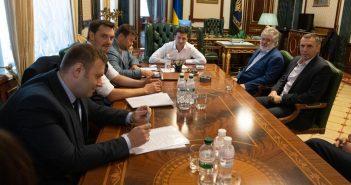 Зеленський провів зустріч Коломойським в Офісі Президента: про що говорили