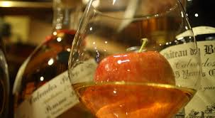 Що таке кальвадос і як його пити – розповідає ALCOMAG