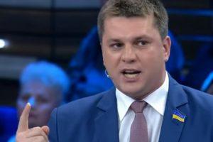 """""""Ми брати!"""": харківський депутат приїхав до Скабєєвої """"мирити народи"""" (відео)"""