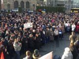 Більше тисячі людей вийшли на мітинг проти капітуляції у Львові. Онлайн трансляція